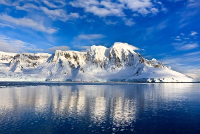 Who Discovered Antarctica