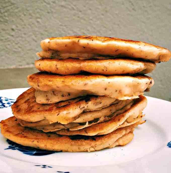 fluffy whole wheat vegan pancakes