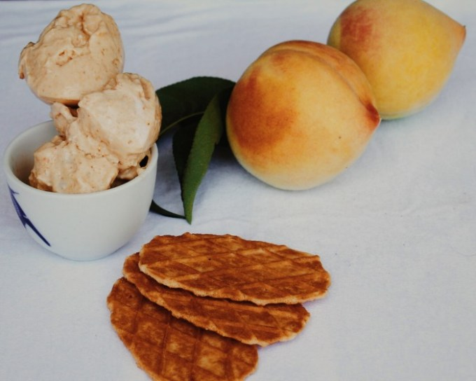 Peach and Vanilla Cream Ice Cream @wholefoodbellies.com