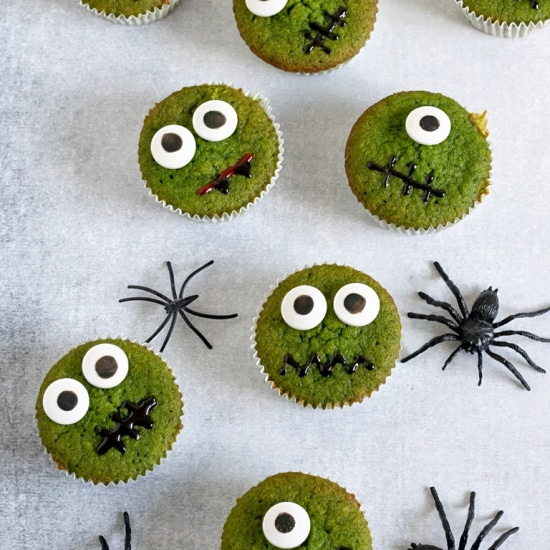 Healthy Halloween Treats: Halloween cupcakes