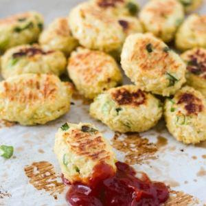 Back to School Snacks: Ricotta and Cauliflower Tater Tots