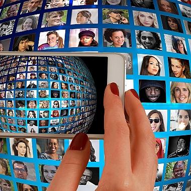 smartphone-1445489_380