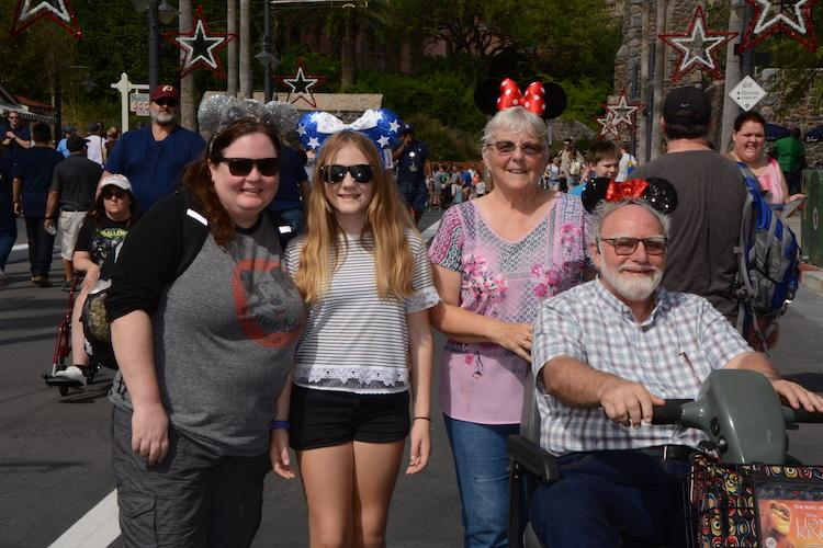 tips for visiting disney with grandparents