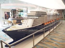 """Da das Schiff von außen zu groß ist um es auf ein Foto zu bekommen, hier die """"Miniatur-Ausgabe"""""""
