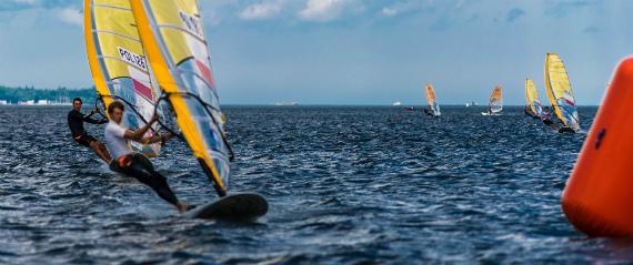 Windsurfing by Ludomil via Unsplash