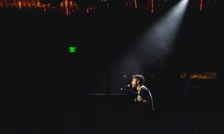 Pablo López inaugura los Latin Grammy en Las Vegas