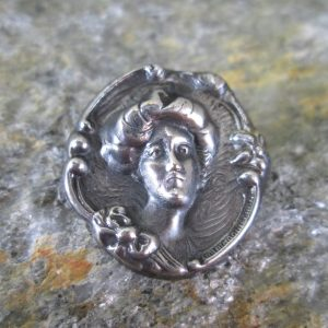 Gibson Girl Cameo Pin