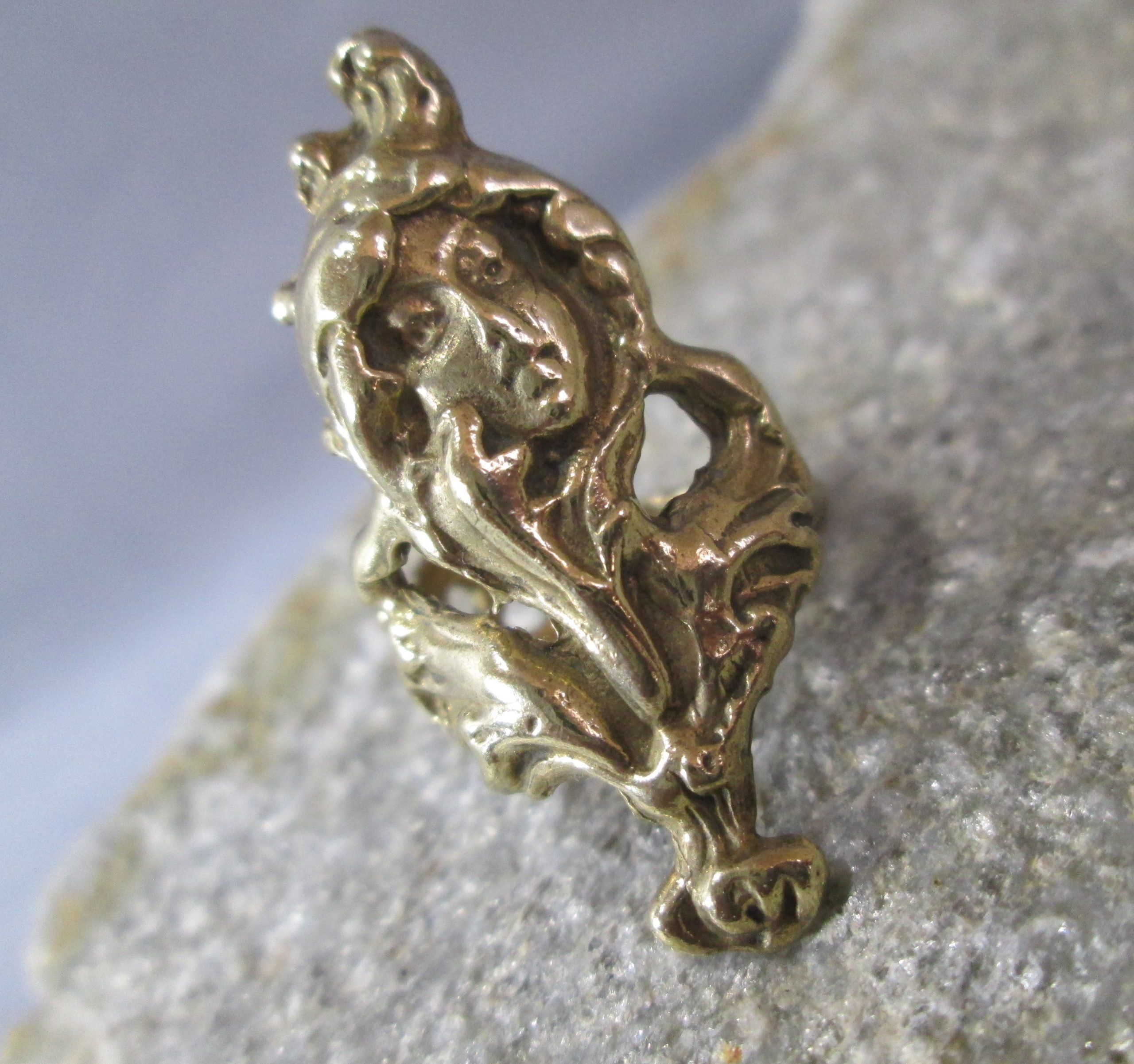 Bronze Gibson Girl Ring