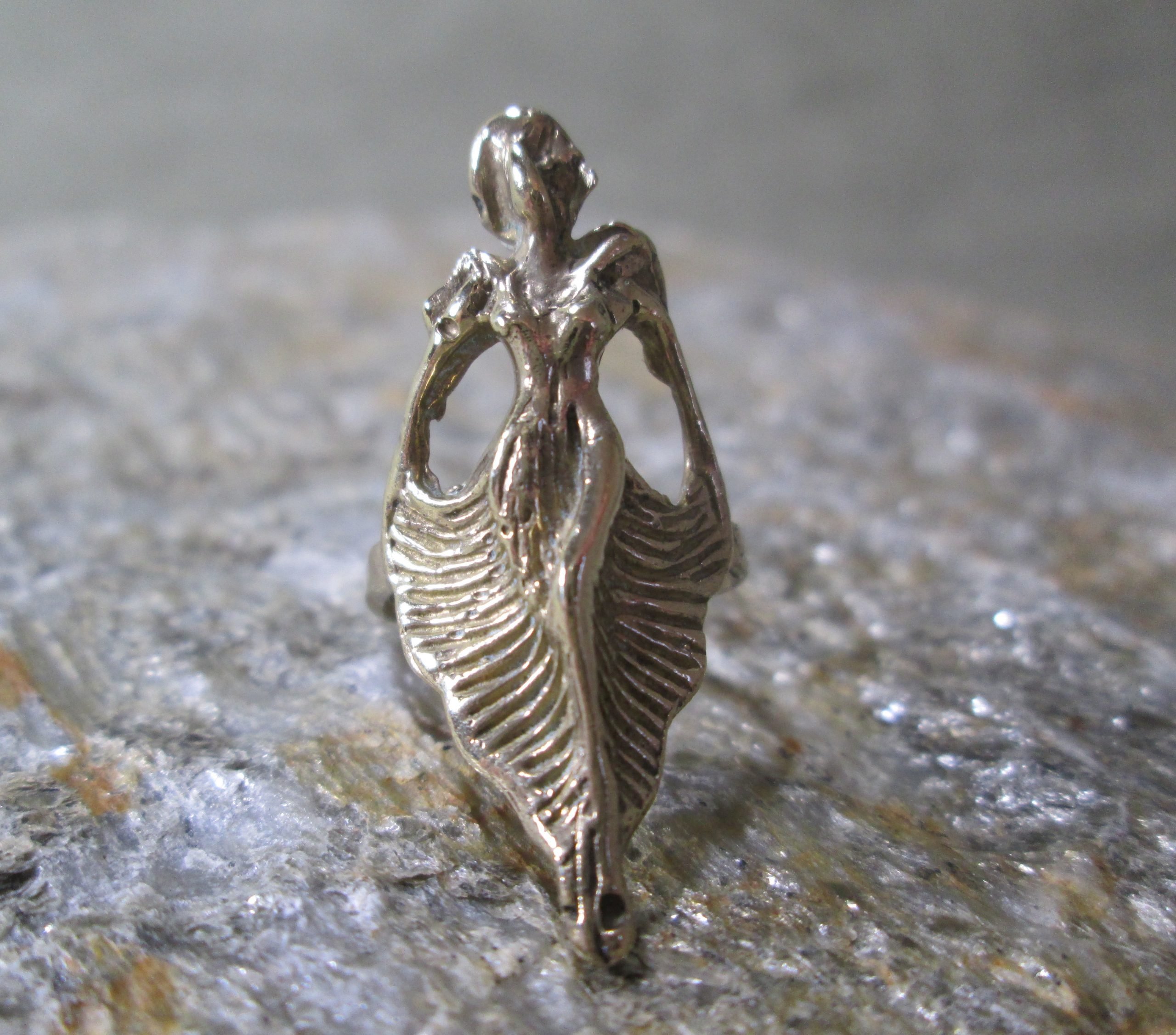 Art Deco Siren Ring