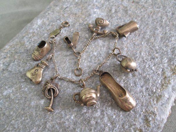 pididdly links vintage 9 charms bracelet