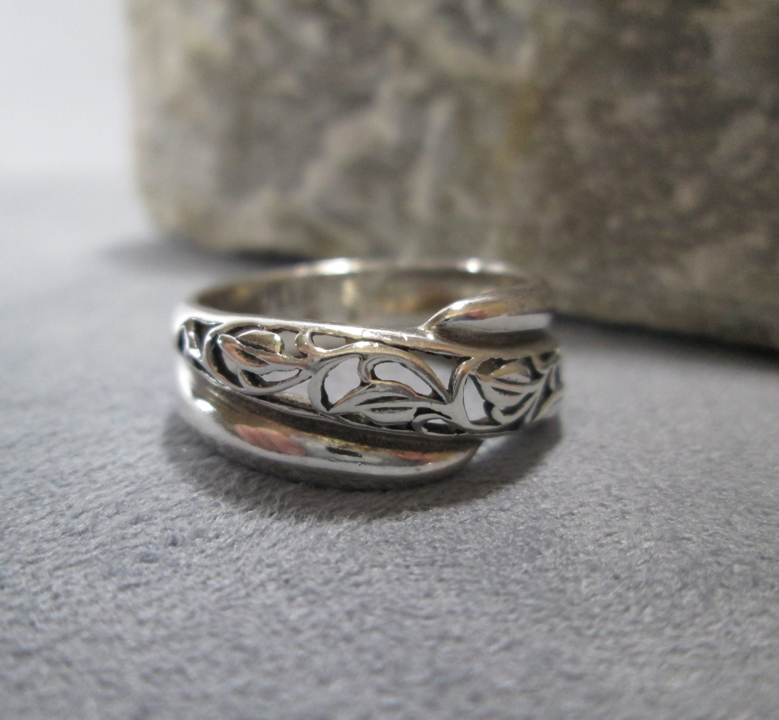 Sterling Leaves and Vines Ring