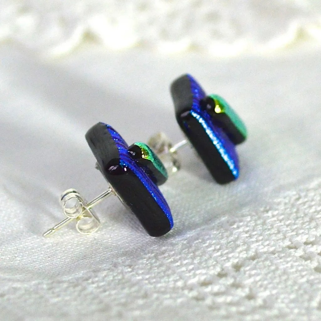 Wickstead's-AW-Designs-UK-Metallic-Blue-Lime-Sterling-Silver-Dichroic-Glass-Stud-Earrings-(5)