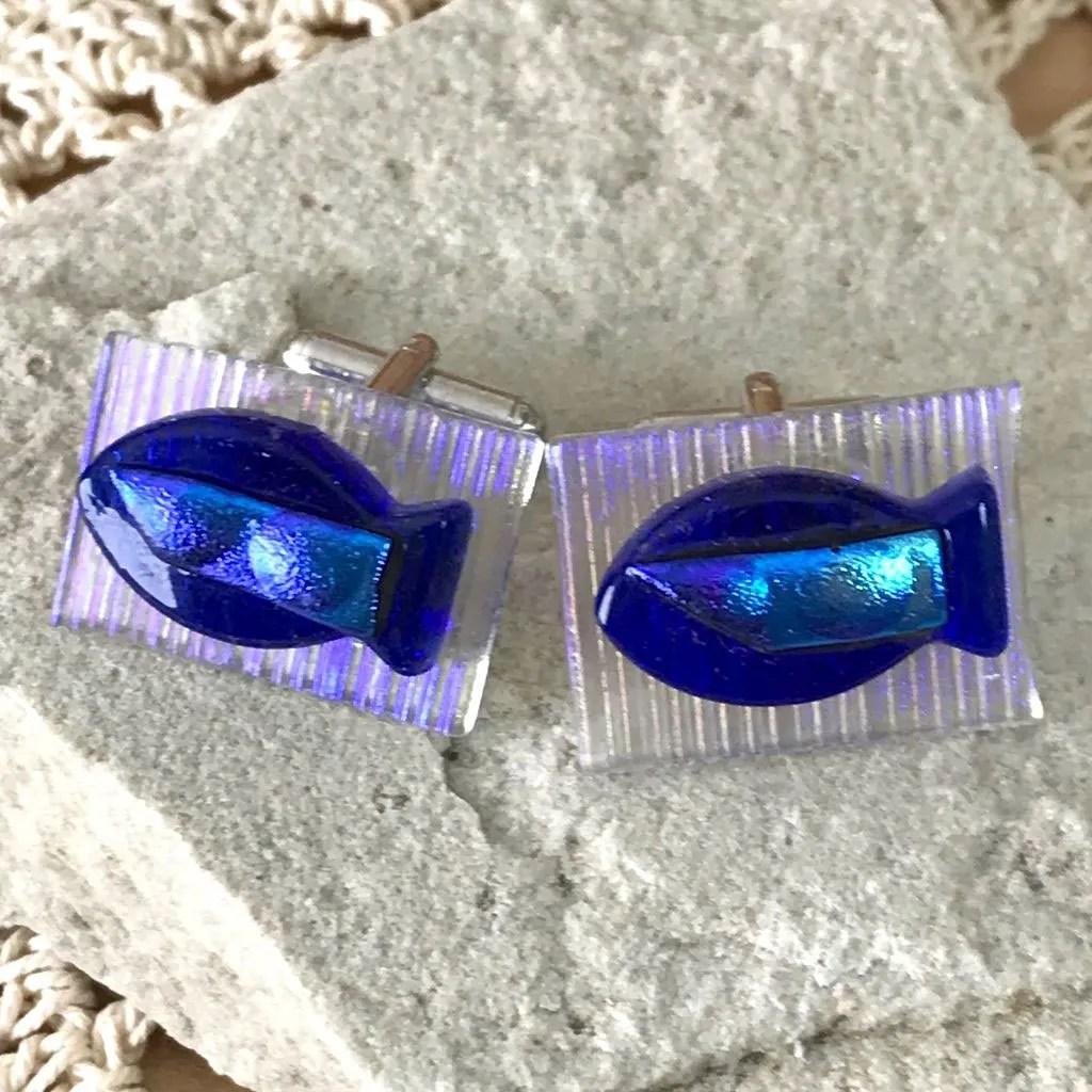 Wickstead's-AWDesigns-Blue-Fish-Dichroic-Fused-Glass-Cufflinks (3)