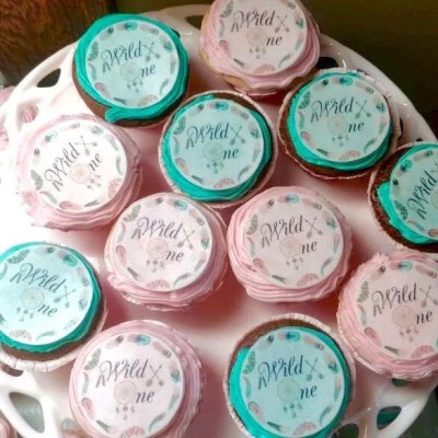 Wickstead's-Customer-Photo-of-our-Cotton-Candy-Wild-One-Circles-on-Cupcakes