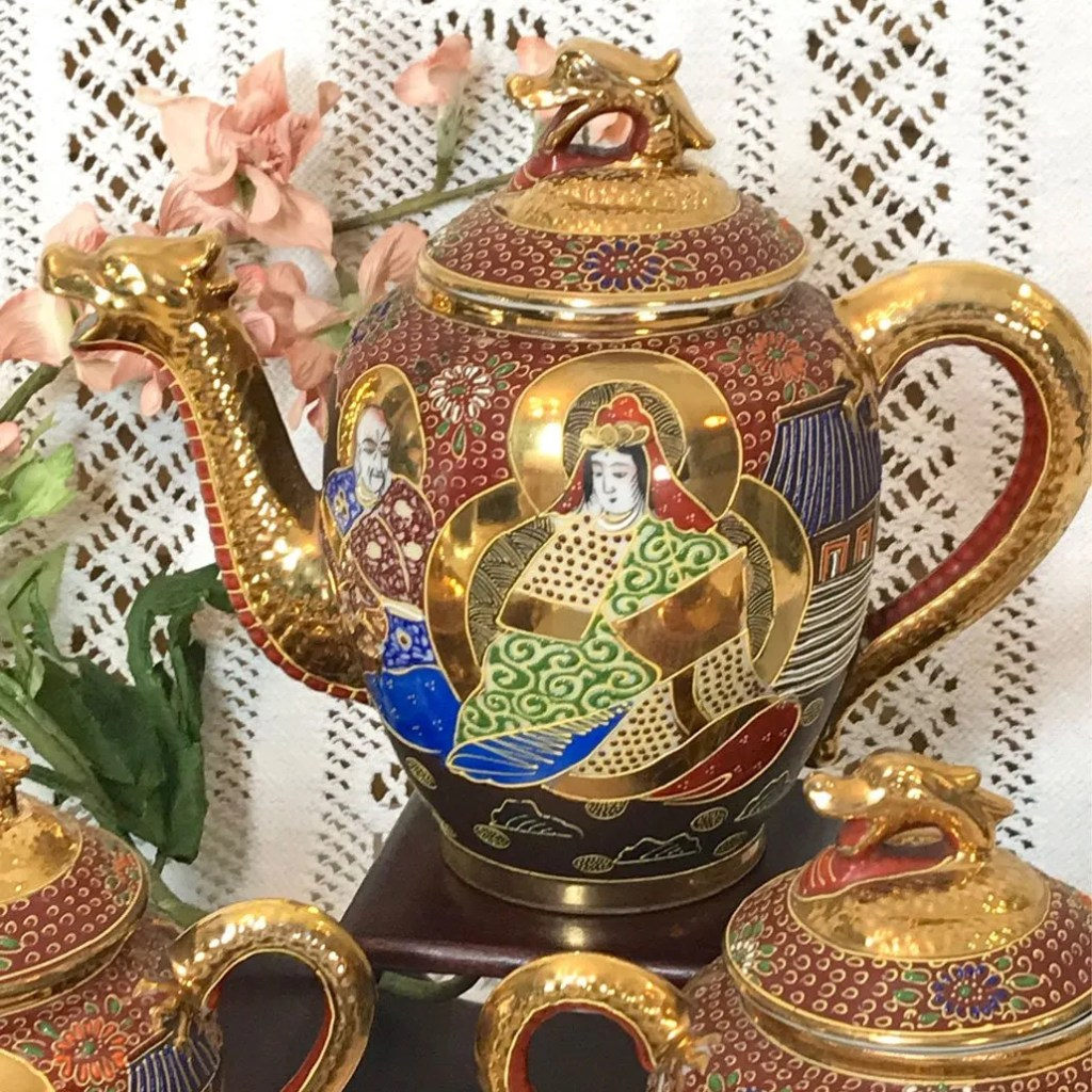Wicksteads Brick Red and Gold Dragon and Goddess Japanese Eggshell Tea Se