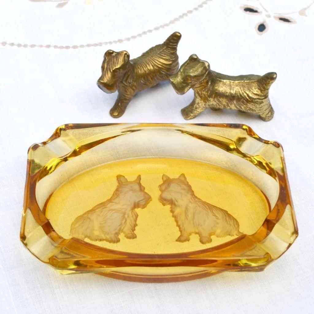 Wickstead's-Mr-Wickstead-Homewares-1930s-Scottie-Dogs-Amber-Glass-Dish-&-Solid-Brass-Figures-(1)