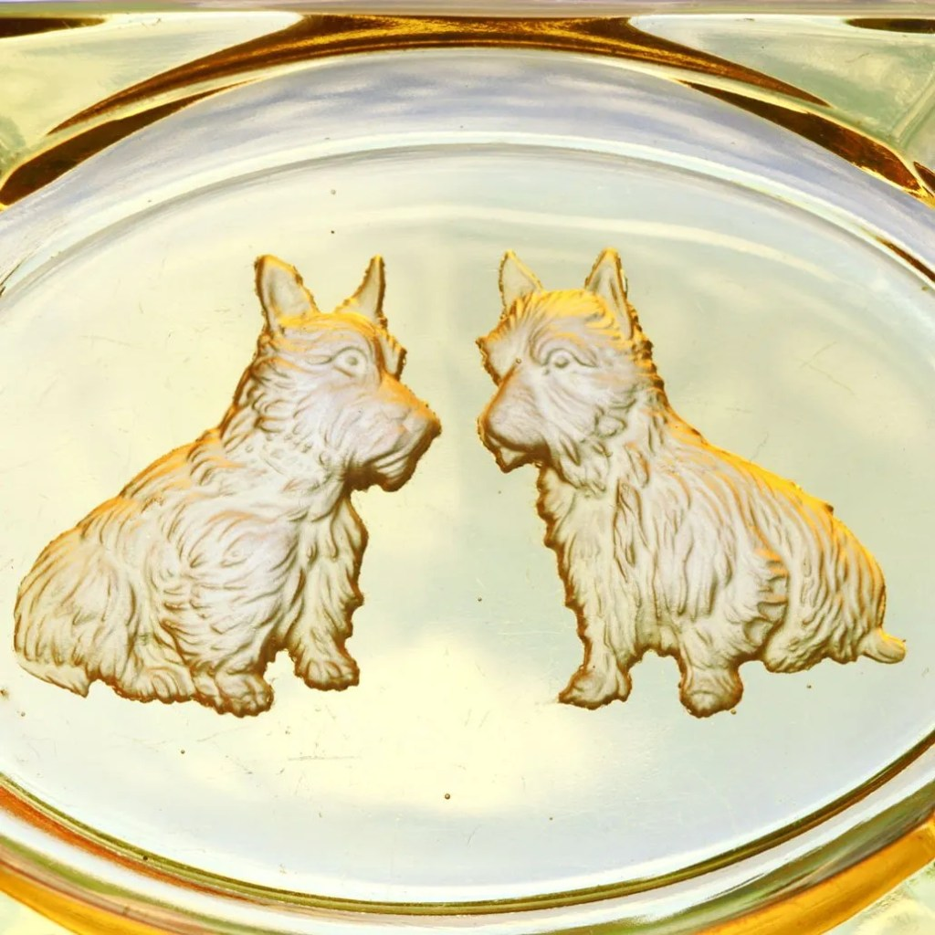 Wickstead's-Mr-Wickstead-Homewares-1930s-Scottie-Dogs-Amber-Glass-Dish-&-Solid-Brass-Figures-(4)