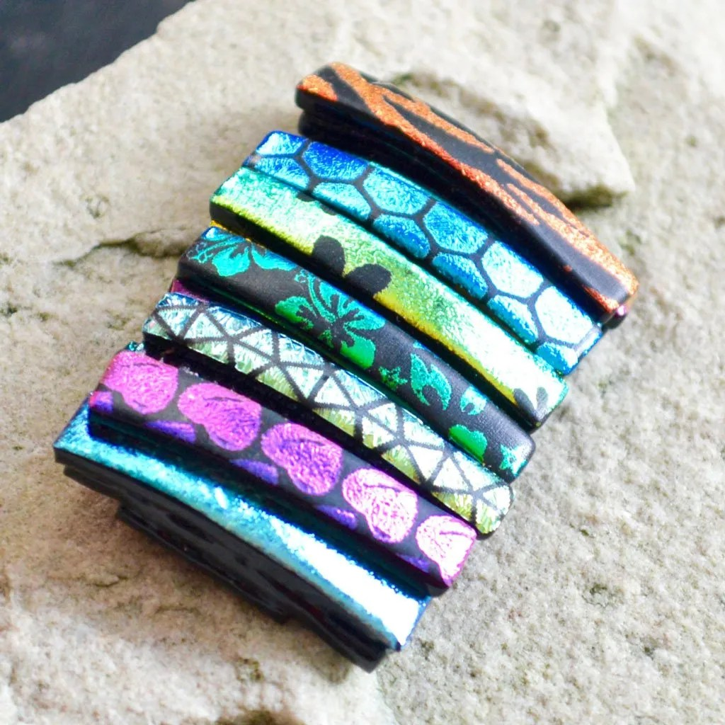 AWD-Large-Dichroic-Brooch-patterned-stripes-textured-(3)