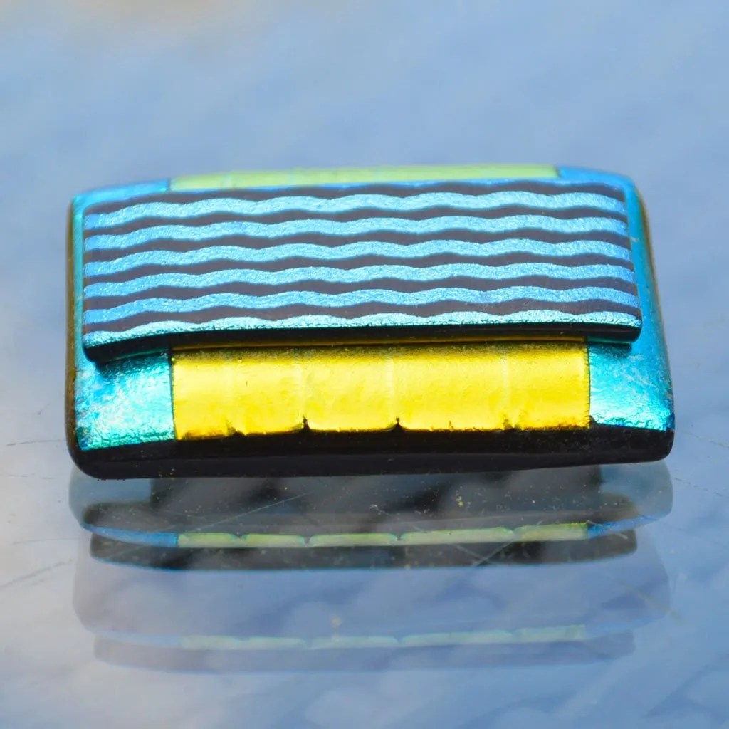 AWD-Large-Dichroic-Brooch-patterned-yellow–aqua–wavy-lines-(4)