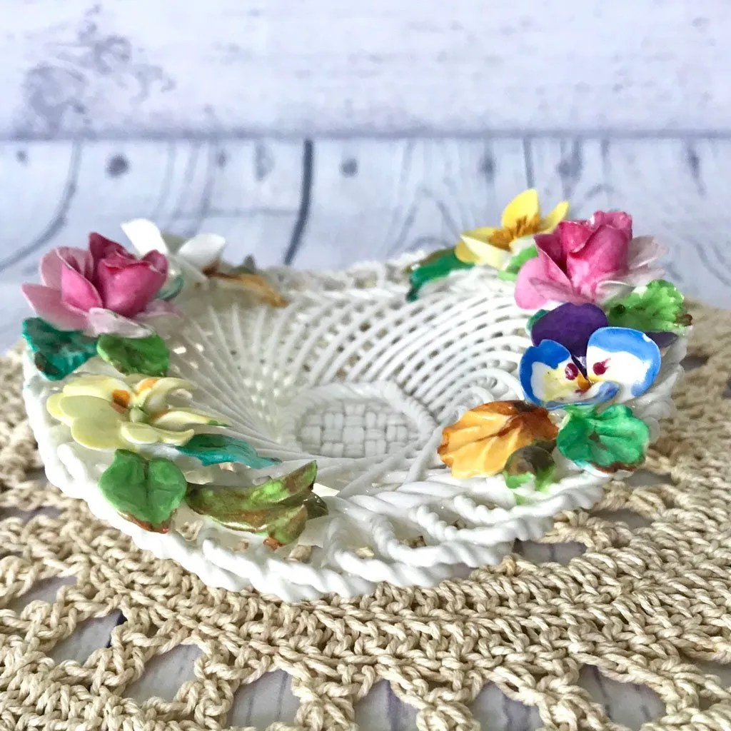 Small-Crown-Staffordhsire-Flower-Basket-(4).jpg