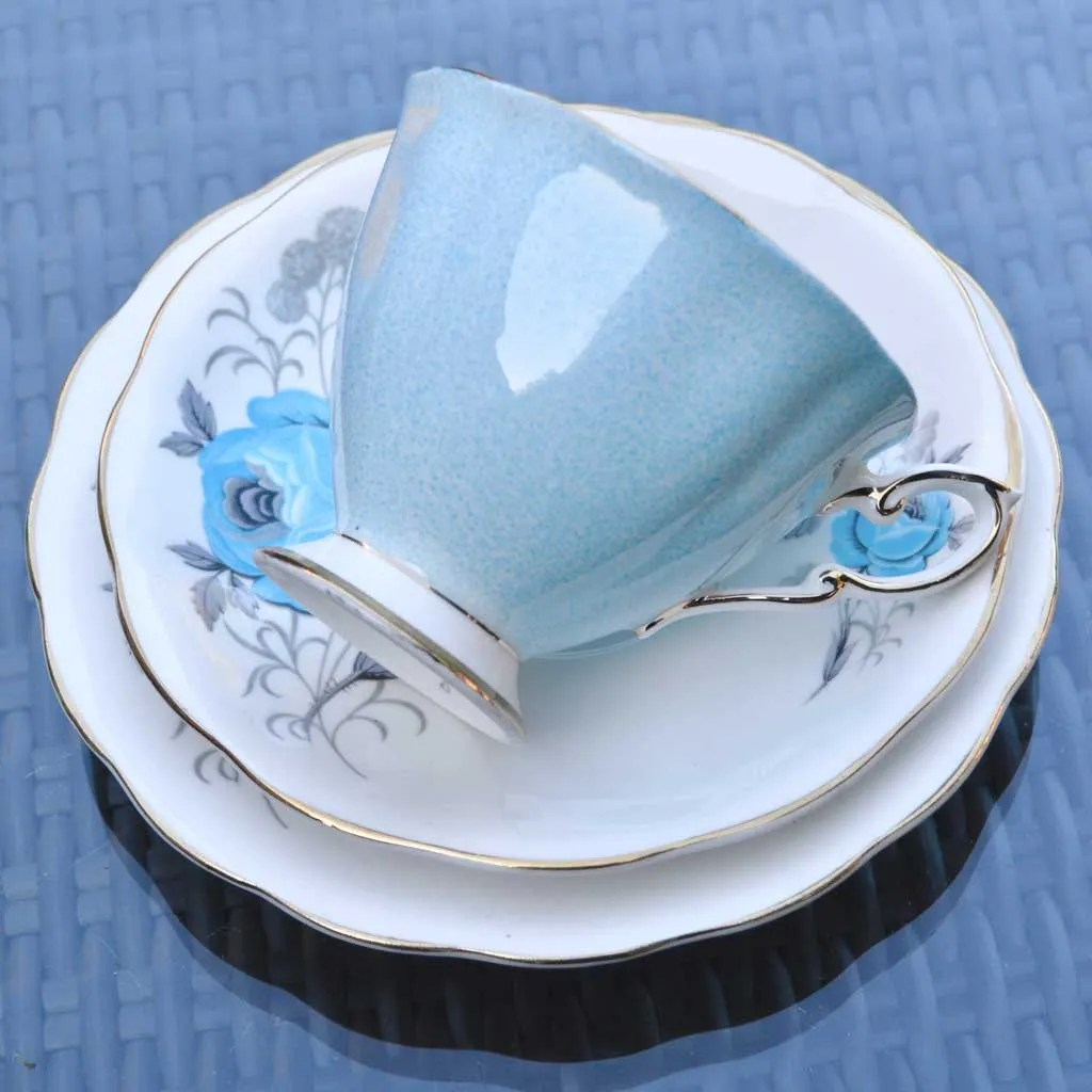 Wicksteads-Home-&-Living-Vintage-Teacups–Royal-Standard-Blue-Rose–(1)