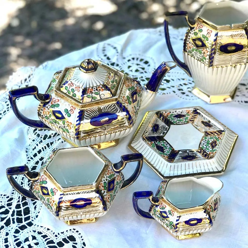 Wicksteads-Home-&-Living3-Pce-Imari-Teapot-Set-(4-)