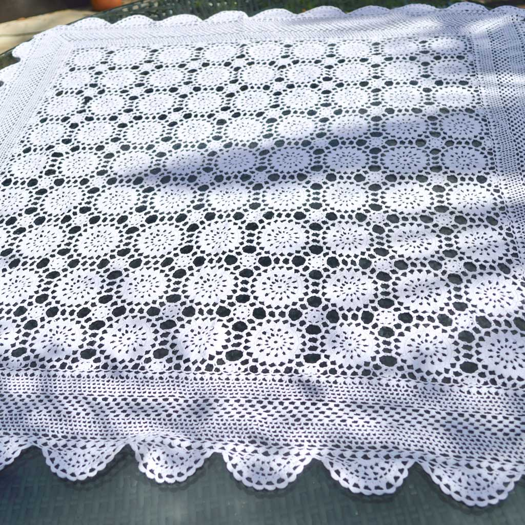 Wickstead's-Home-&-Living-Small-Square-White-Crochet-Tablecloth-(1)