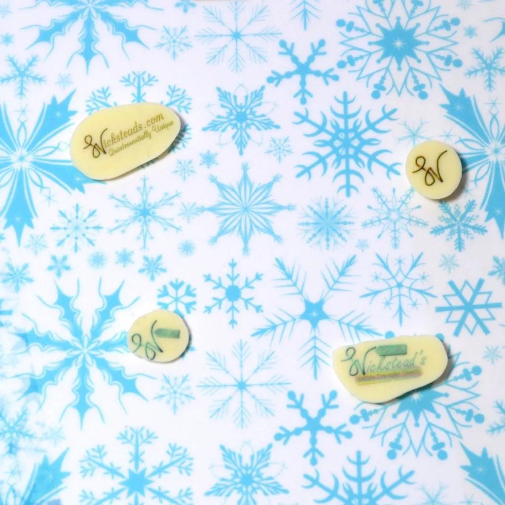 Wickstead's-Eat-Me-Edible-Meringue-&-Chocolate-Transfer-Sheets–Winter-Wonderland-Blue-Frozen-Ice-Snowflakes-Chintz-(4)
