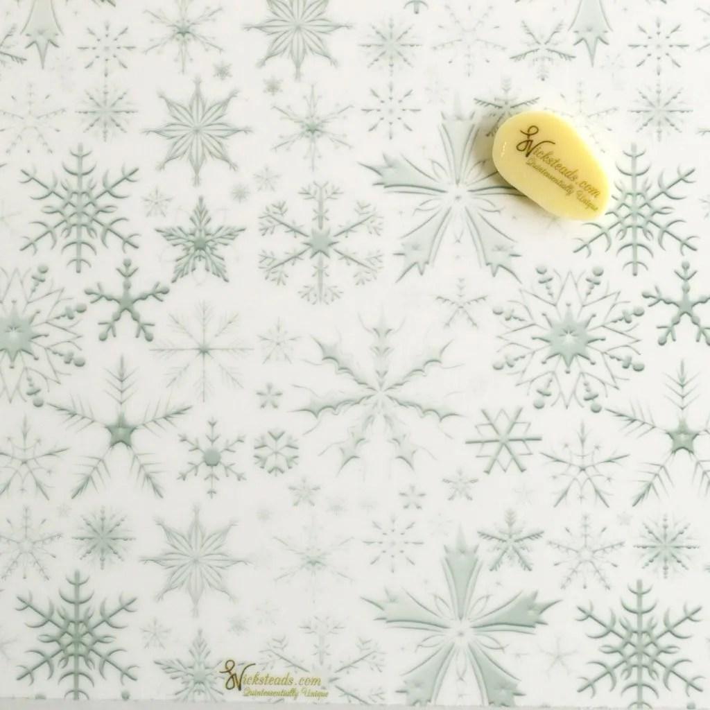 Wickstead's-Eat-Me-Edible-Meringue-&-Chocolate-Transfer-Sheets–Winter-Wonderland-Silver-Frozen-Ice-Snowflakes-Chintz-(1)