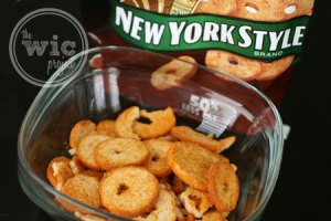 New York Style BBQ Mini Bagel Crisps