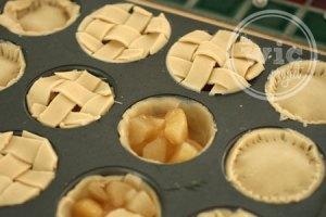 Baby Apple Pie Tops