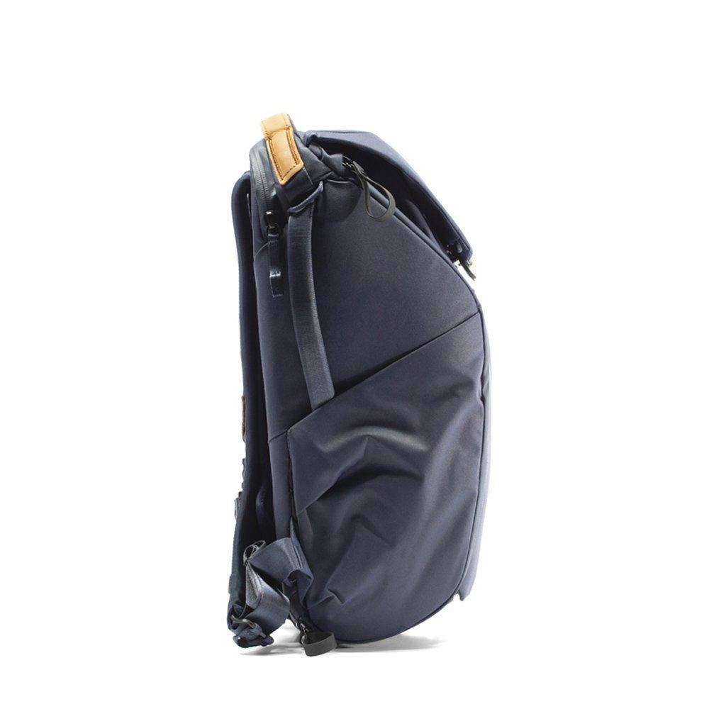 Peak Design Everyday Backpack 30L - Side