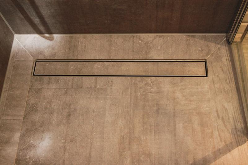 Badezimmer Grau Konzept : Badezimmer grau holz konzept wieczorek fliesen