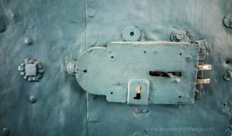 Alte Eisentür zum Büro