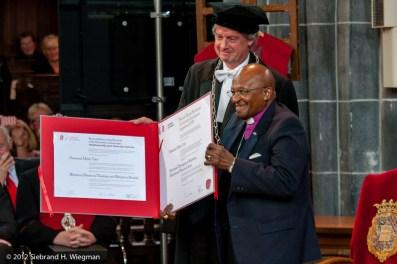 Desmond Tutu RUG-0137