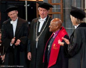 Desmond Tutu RUG-0163