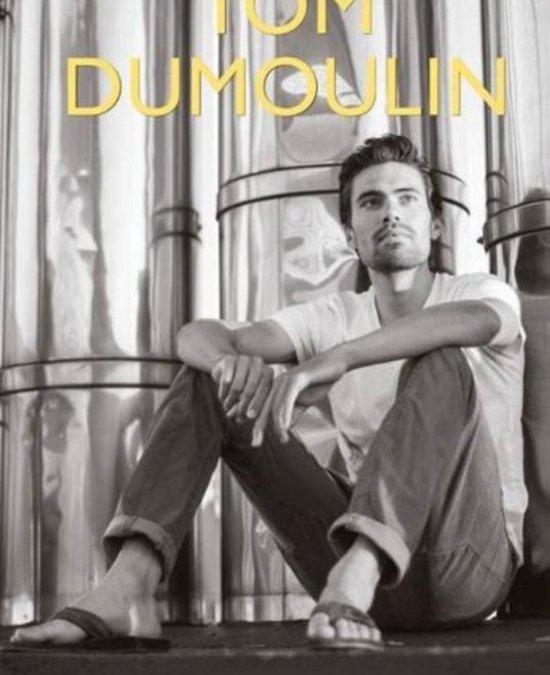 """In afwachting van de volgende biografie doen we het voorlopig met deze: """"Tom Dumoulin – Leon de Kort"""""""