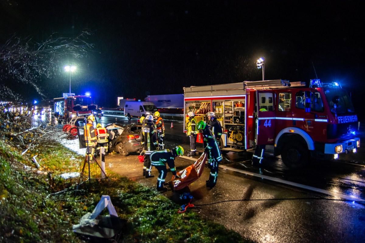 Verkehrsunfall A3 Bei Idstein Wiesbaden112 De
