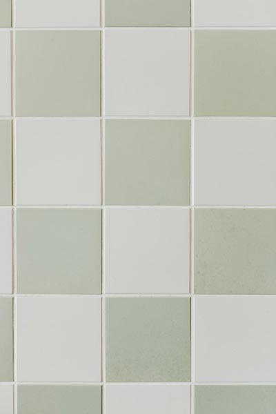 do tile floors need to be sealed