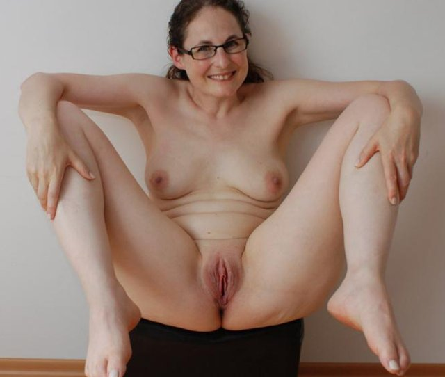 Nerdy Wife With Glasses Nude At Home