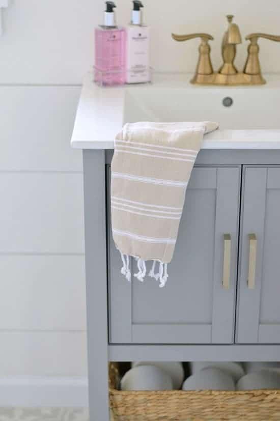 Bathroom Reveal | WifeinProgressBlog.com