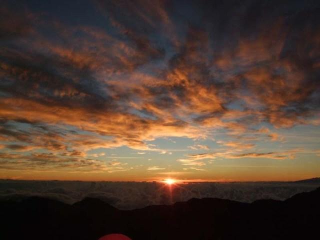 MAUI 蜜月 – DAY 5 – 騎單車從萬尺火山上衝下來