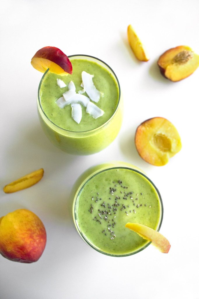 Peachy Kale Smoothie | Simple, dairy free & vegan!