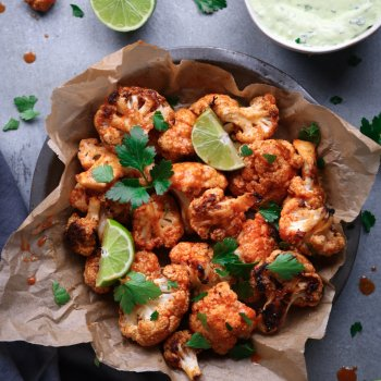 Sriracha Buffalo Cauliflower With Avocado Ranch