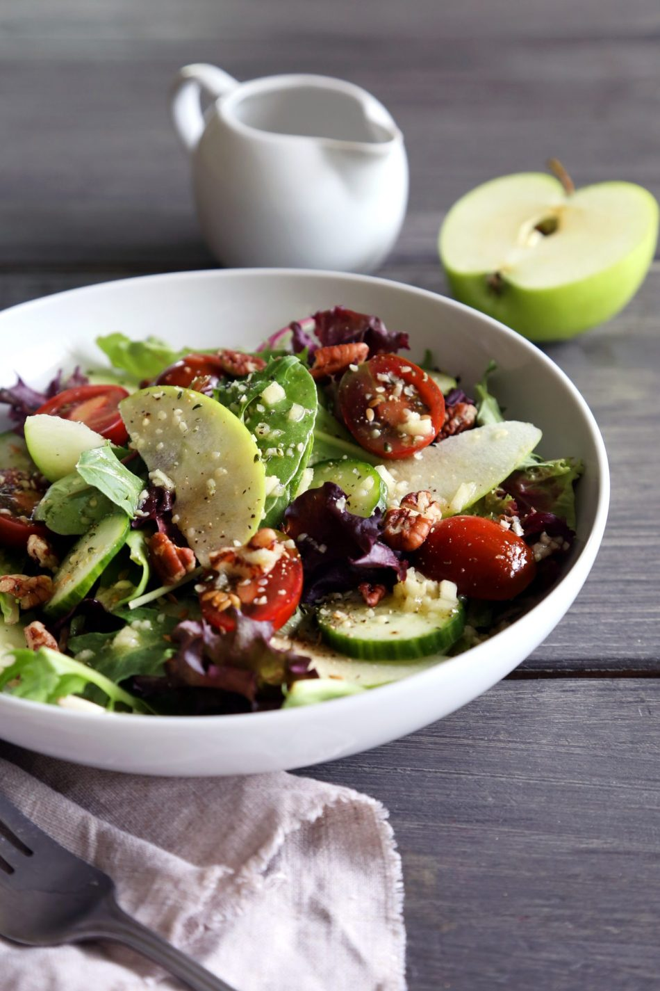 Mixed Greens with Veggies, Apples & an Apple Cider Vinaigrette