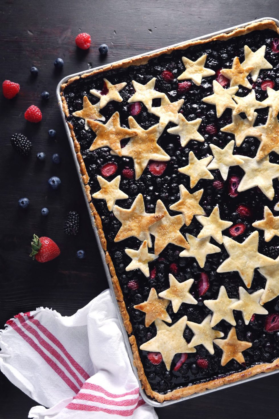 Mixed Berry Slab Pie | Wife Mama Foodie