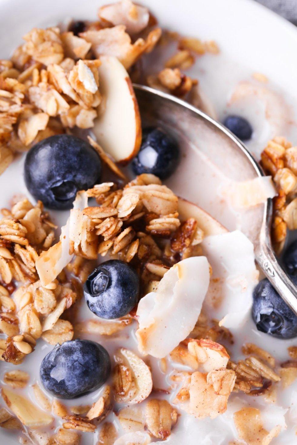5-Minute Skillet Granola | Gluten, dairy, and refined sugar free.