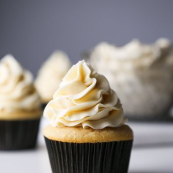 Lightly Sweetened Vanilla Buttercream