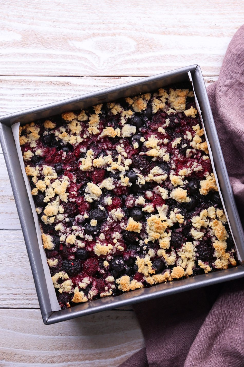 Mixed Berry Almond Crumb Bars | Vegan and Paleo Friendly