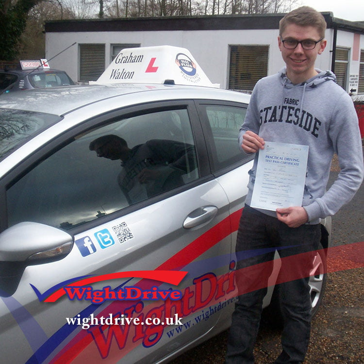 ben-smith-driving-test-pass-2015-with-graham-walton-isle-of-wight-driving-instructor
